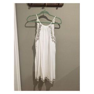 LUSH Despacito White Embroidered Shirt Dress M